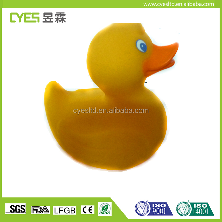 Nice crafts decorative lean and health cute 2017 big promotional glow rubber duck promotional rubber duck
