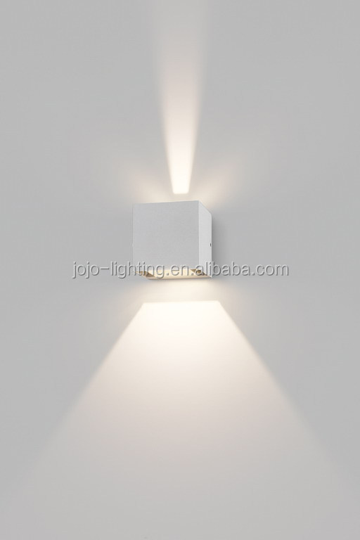 Interior wall mounted 2 x 4.5W up and down led wall light