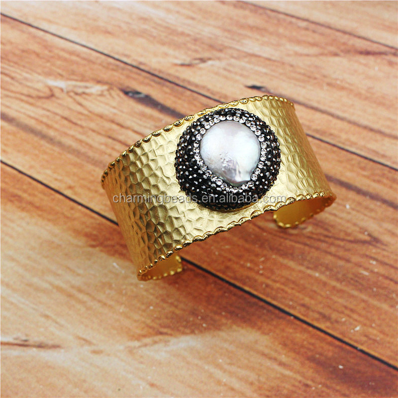 CH-MAT0135 Wholesale Fashion jewelry New aka Rhinestone freshwater pearl cuff bangle,hot sale pave crystal bangle gold jewelry