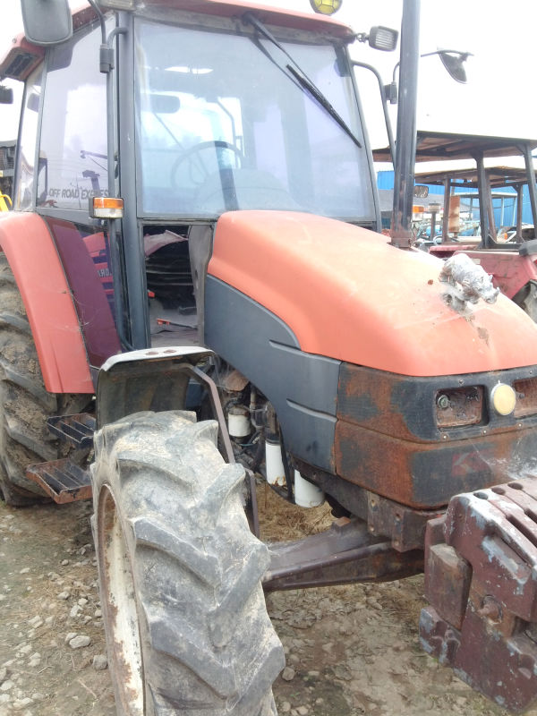 Used NewHolland / Fiat L65 Tractor from Korea
