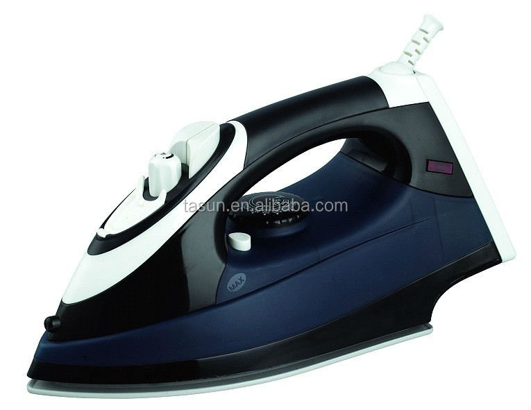 Hanging Clothes Steam Iron T-610