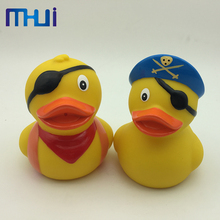 Hot sale customized plastic pvc Animal Duck Bath Toys