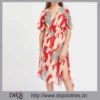 Latest styles factory wholesale high fashion sexy women Red V Neck Surplice Front Split Side Dress