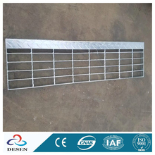 Wholesale factory cheap price galvanized bar steel gratingwalkway 32x5 flooring steel plate grated stairs