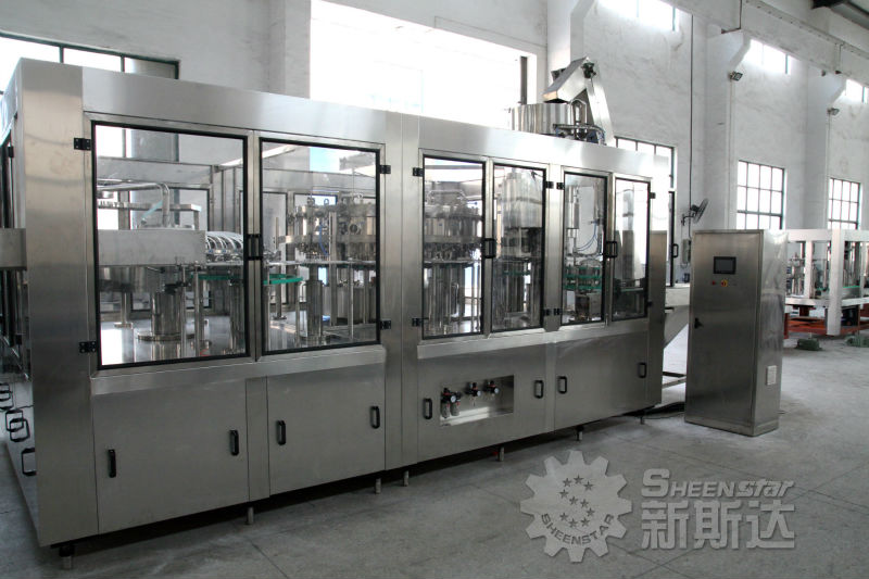 2013 New easy-maintained CO2 gas beverage filling machine