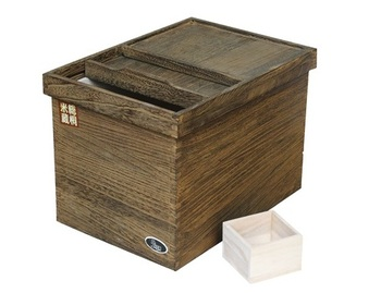 Antique Treatment Surface Wooden Rice Box Which Have Hot Selling in Japan