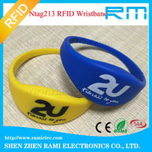 High quality NFC wristbands/waterproof Silicone RFID woven Wristband/bracelet 13.56MHZ Ultralight EV 1/Ntag213/MF 1K for event