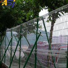 Decorative double circle wire mesh fence designs