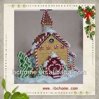 Gingerbread house crafts