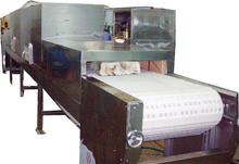 Microwave thawing equipment for meat/seafood
