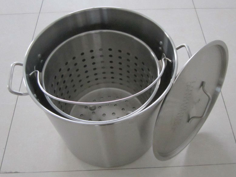 Stainless steel cooking vat with basket
