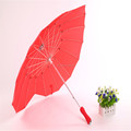 Chinese advertising rain heart shape decorative 16 rib umbrellas for wedding centerpiece