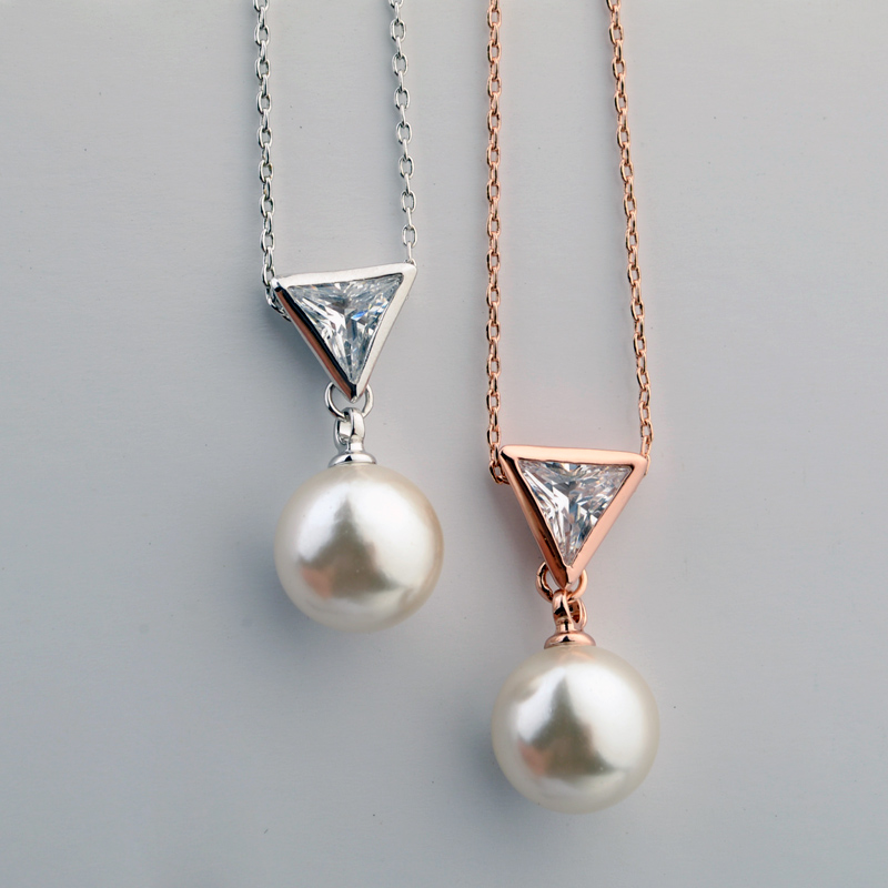 Famous design highly recommended triangle artificial pearl and cz necklace jewelry costume jewelry