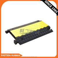 Alibaba Black & Yellow Polyurethane Plastic Fixable 3 Channels Cable Guard