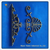 China Modern Decorative Galvanized Iron Flower Bed Fencing