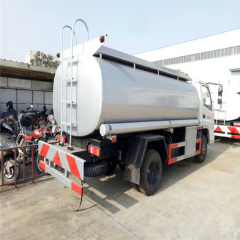 yuejin 6 cbm 6 wheeler mini tank car