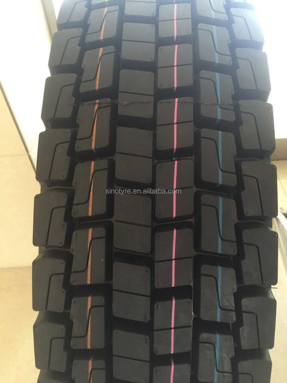 295 80 22.5 295/80r22.5 295 80r 22.5 radial truck tires with German warrant