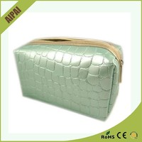 Good Feedback Cosmetic Makeup Train Bag Case