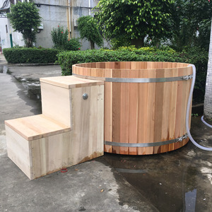 "100% Clear Grade ""A""westem Red cedar Wooden Hot Tubs"
