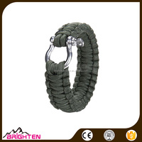 Outdoor Paracord Survival Bracelet with Zinc Alloy Bow Shackle