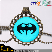 Hot Design High Quality Hallowmas Day Theme Party Cheap Antique Bronze Plating Alloy Necklace Ornament, Glow Necklace In Dark