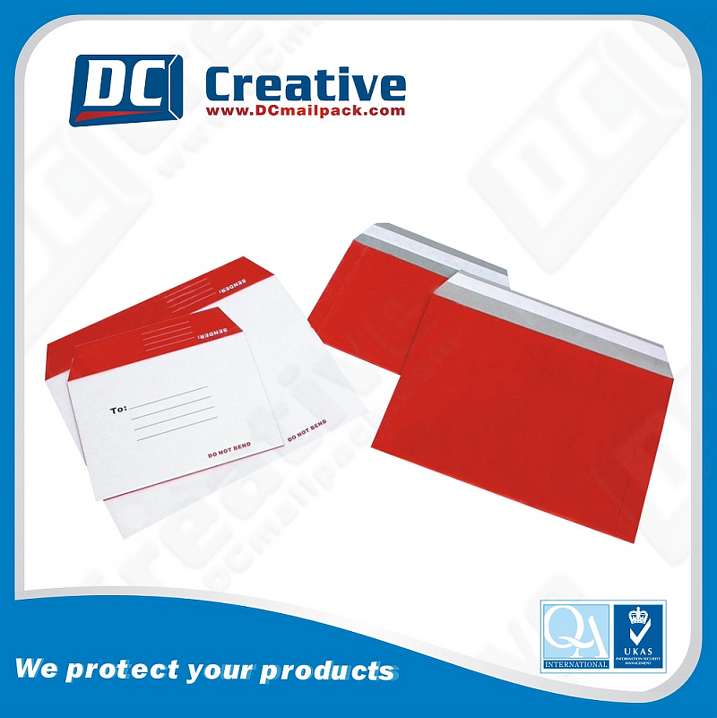 A4 Red Print Mailing Bags Customized Size Cardboard Rigid Envelope