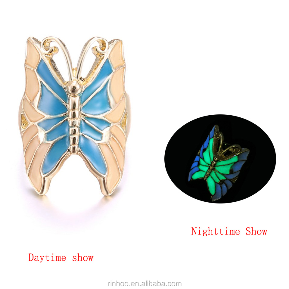 New design Hot-sales alloy butterfly luminated <strong>ring</strong> fashion beautiful girls glow in the dark <strong>ring</strong> wholesale