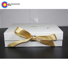 LOW MOQ NO MINIMUM custom made magnetic closure flat pack self fold macaroon gift boxes