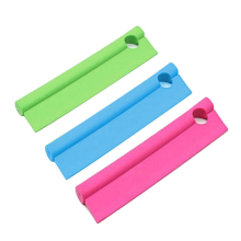 Kitchen Bathroom Shower Mirrors And Car Windows Cleaner Silicone Squeegee With Hanging Hole