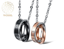 Wholesale Fashion Accessories Pendant Titanium Unique Couple Necklace