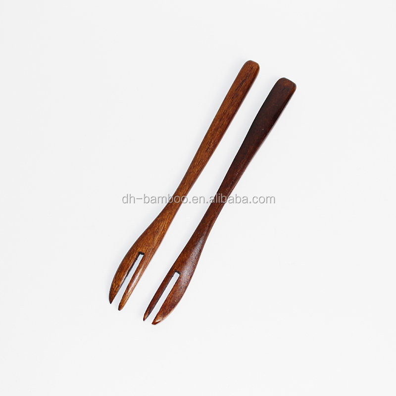 New Wholesale Special Kitchen Utensils Bamboo Dry Fruit Fork For Cakes