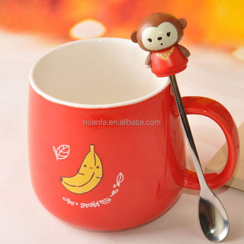 Hot sale of 2016 children 3D spoon coloured glaze ceramic cute coffee mug with lid