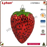 Chinese factory glass fruit strawberry for Christmas home decoration