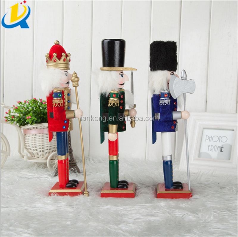 Good quality popular Europe style wholesale wooden nutcracker dolls