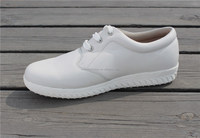 White men casual shoes to wear with jeans