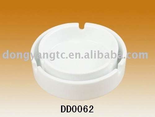 round ceramic smokeless ashtray