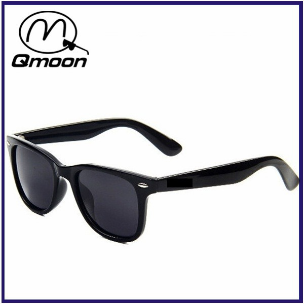 simple designed men black polarized sunglasses italy design