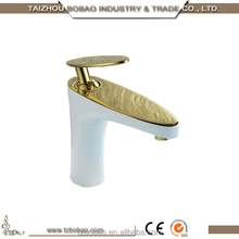 China Most Popular Sanitary Ware White Plating and Gold Brass Modern Bathroom Faucets