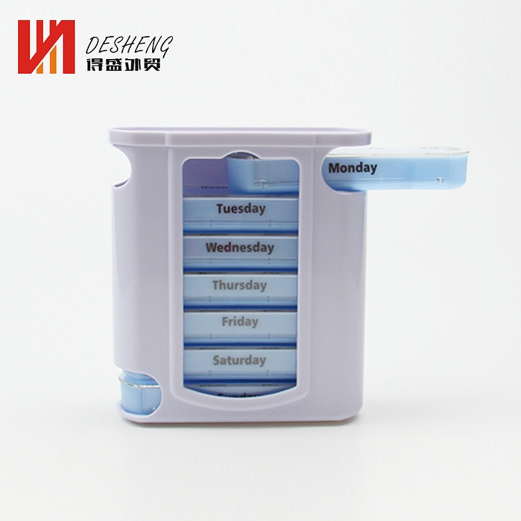 Promotion portable weekly plastic pill box 7 days