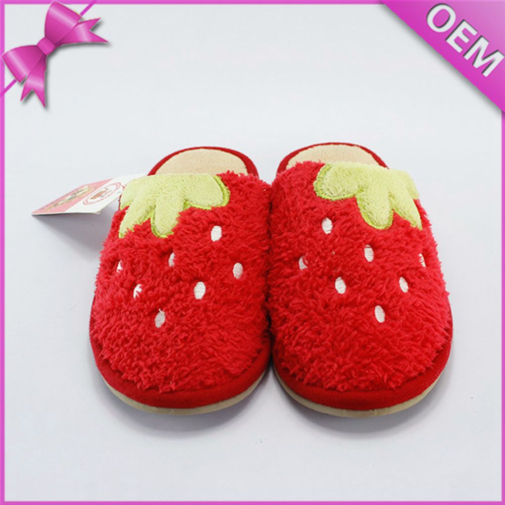 OEM lovely red strawberry shaped plush fruit slippers shoes so cute sofr slippers for women