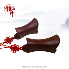 Popular red sandalwood carved polished craft wood for funny gifts