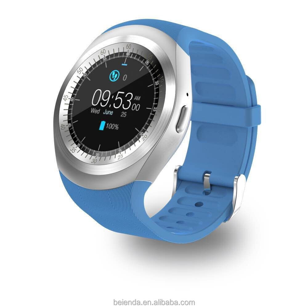 Smart Watch with Camera Microphone Bluetooth 4.0 WiFi Battery 450mAh