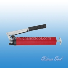 Grease gun with red body ARO036