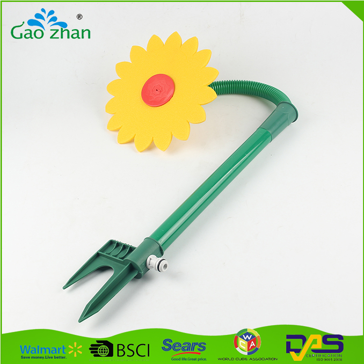 Factory outlets flower shape plastic mist sprinkler for garden