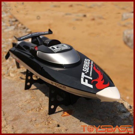 2.4G Brushless 4 Channel Racing High Speed RC Boat FT012
