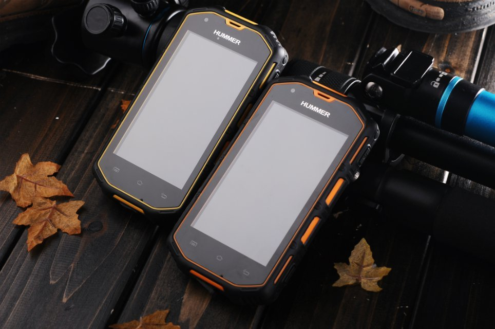 Hummer H5 rugged phone with IP67 Waterproof Android 4.2 MTK6572A low price china mobile phone