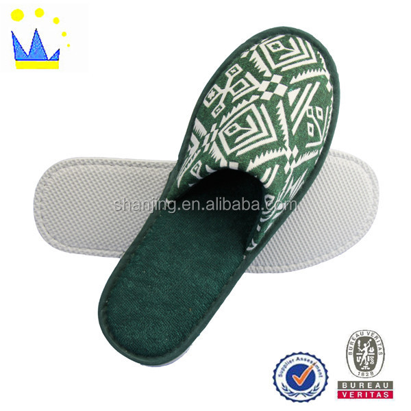 slipper machine soft close toe slipper knitting fabric man home slipper