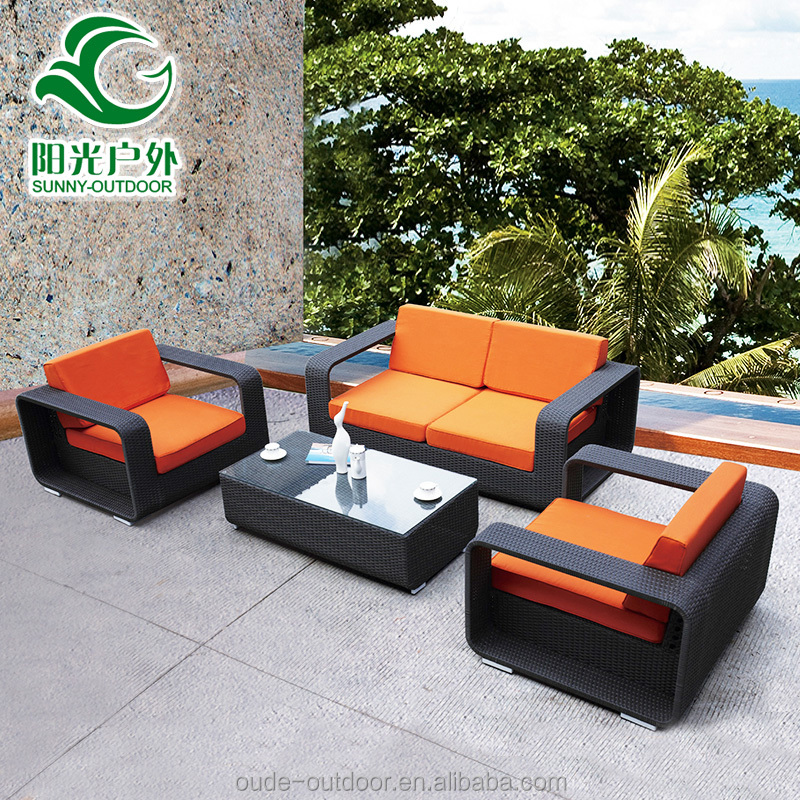 2016 Hot Sale Cheap Rattan Garden Sofa Set Outdoor Rattan Furniture With Cush