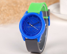 China Factory Halloween Christmas Birthday Promotion Gift Fashion Design Cheap Silicone Rubber Wristwatch For Children Gift