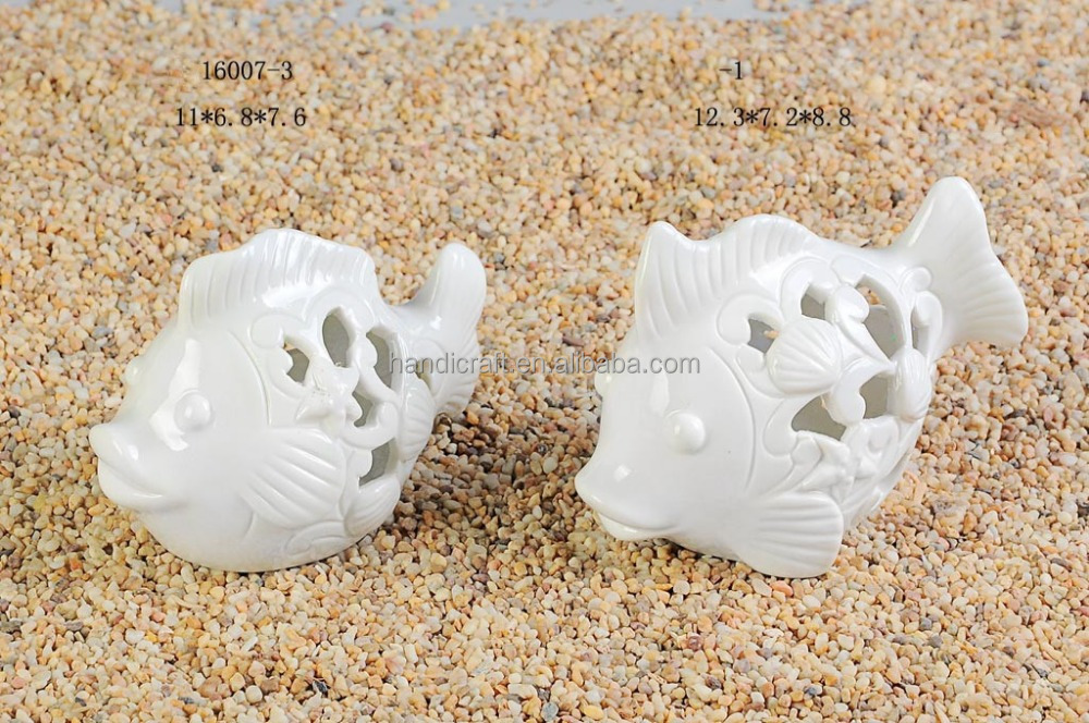 Funny ceramic tealight candle holder with fish design